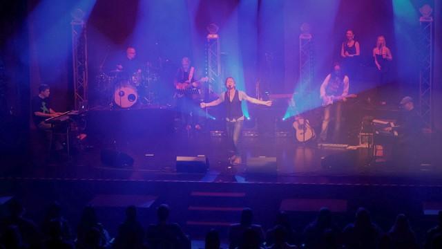 Musical greets Pop Tour 2015